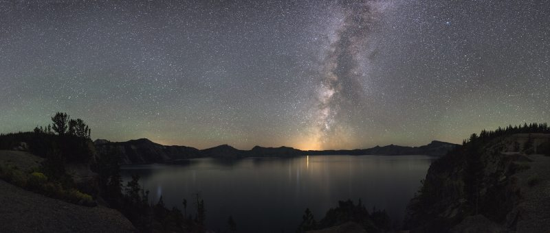 astronomy-cosmos-crater-lake-national-park-262669.jpg