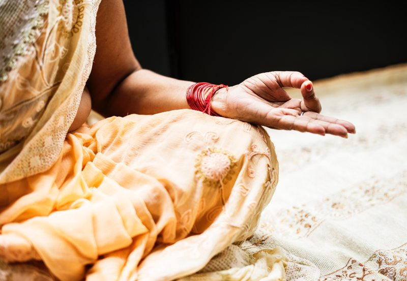 alone-hand-hindu-1321727